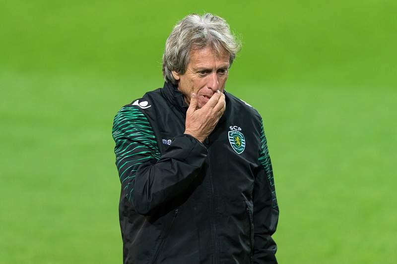 Técnico leonino não convocou os três Campeões da Europa do plantel para o jogo com o Arouca.