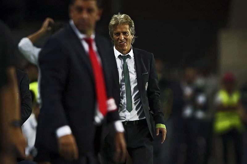 Benfica em alerta com jogadores que falam com Jorge Jesus