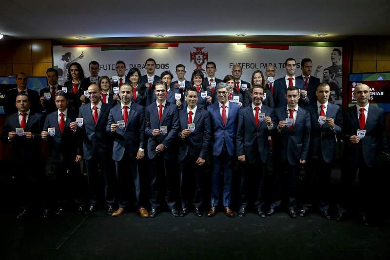Futebol: Entrega das ins