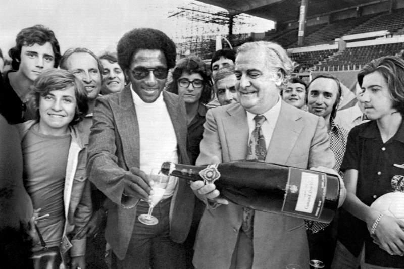 Paulo César Caju assinou pelo Marselha em 1974