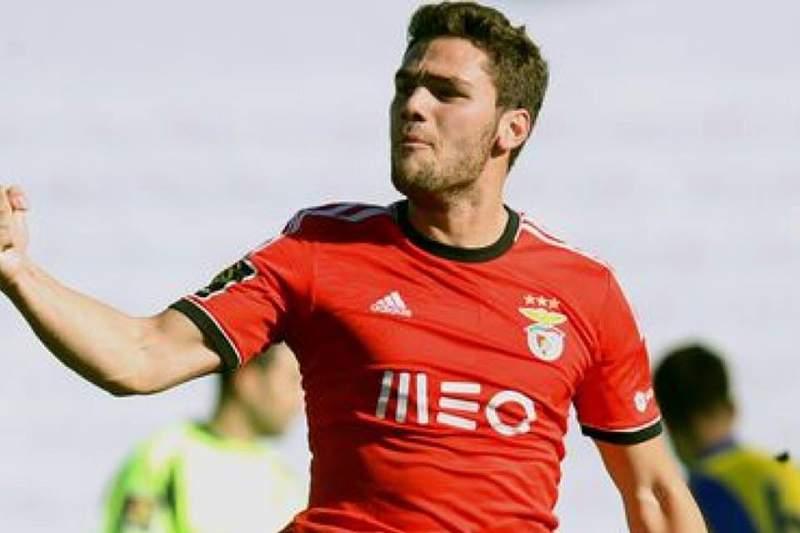 Benfica empresta avançado Lolo Plá aos espanhóis do Cádiz