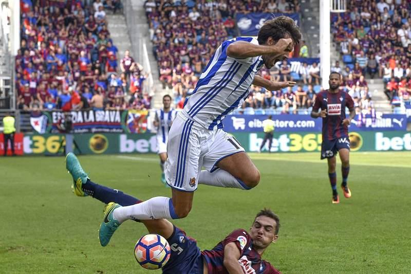 Carlos Vela em ação num jogo da Real Sociedad