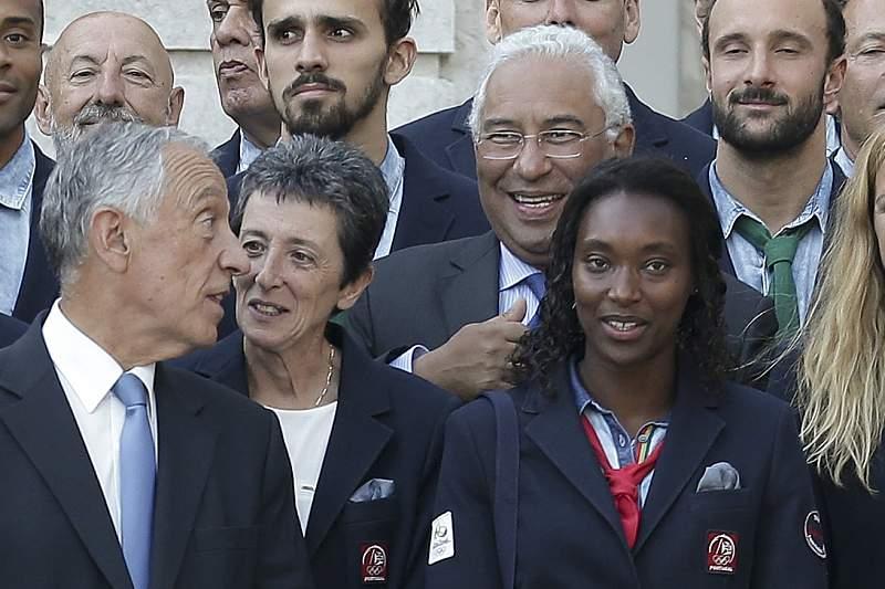 António Costa com Marcelo Rebelo de Sousa na cerimónia de condecoração de atletas medalhados