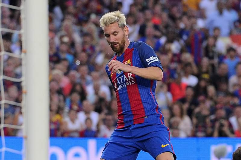 Lionel Messi marca no torneio Joan Gamper