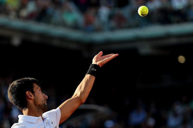 O segundo cabeça de série qualificou-se em apenas 41 minutos para a segunda ronda de Wimbledon.