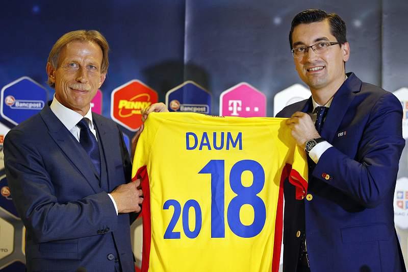 Christoph Daum anunciado como selecionador da RoméniaChristoph Daum anunciado como selecionador da Roménia