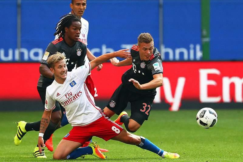 Renato Sanches em ação pelo Bayern Munique diante do Hamburgo