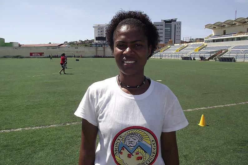 Alcídia Santos