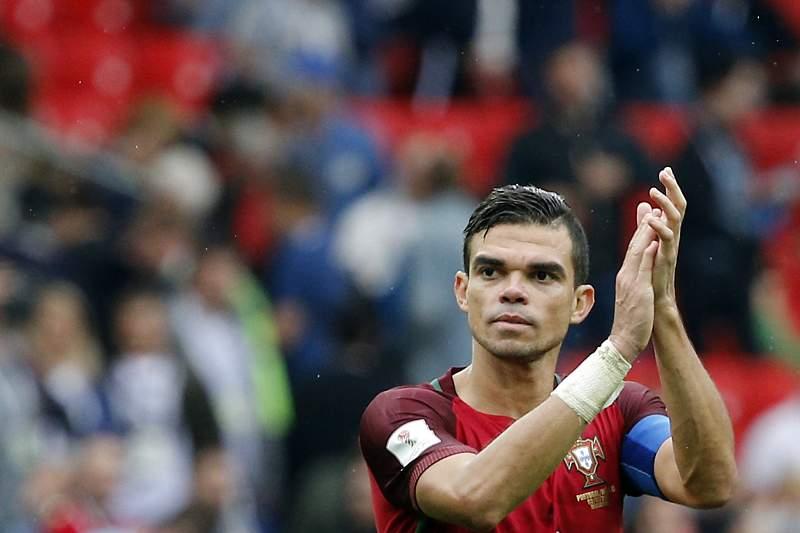 Pepe ao serviço da Seleção