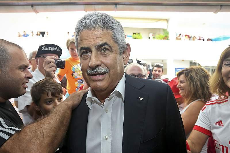 Luis Filipe Vieira visita casa do Benfica em Quarteira