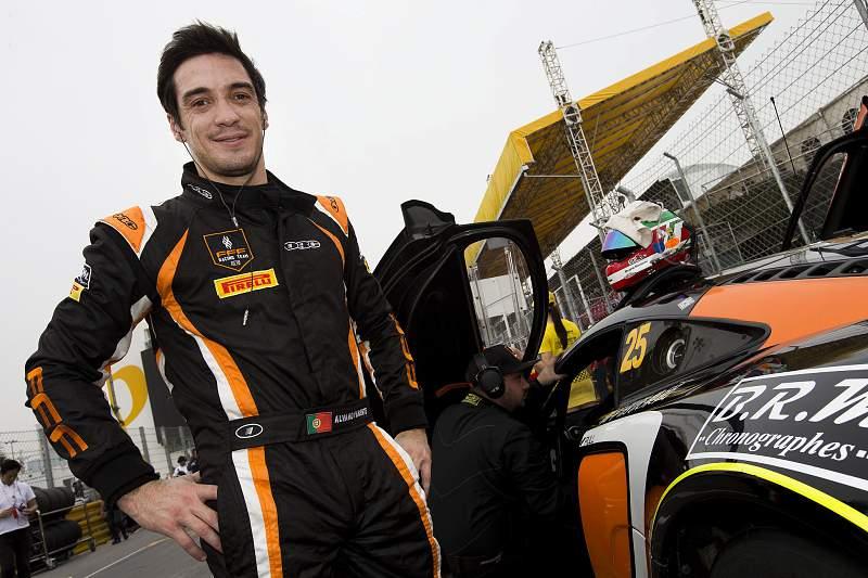 Parente no quarto lugar na segunda prova do Campeonato norte-americano de GT