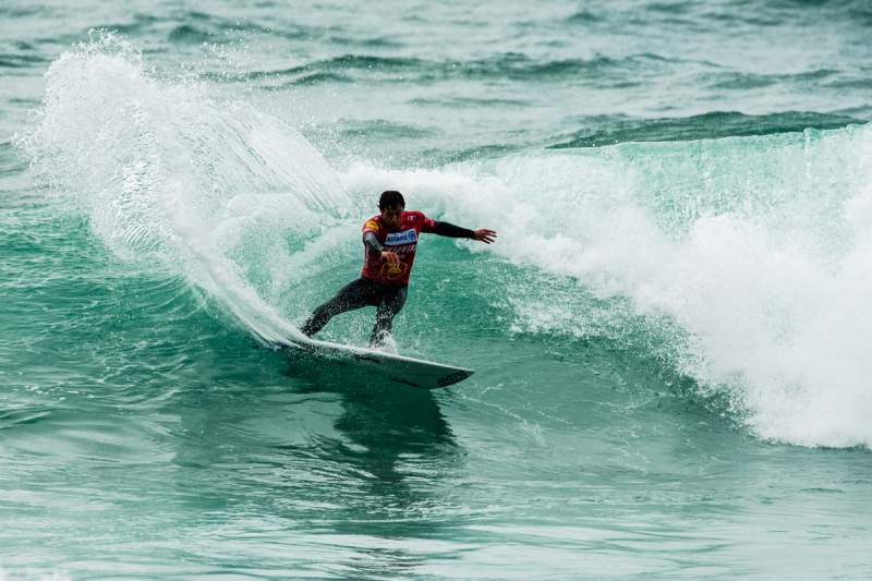 Vasco Ribeiro em ação na Allianz Ericeira Pro by Dakine