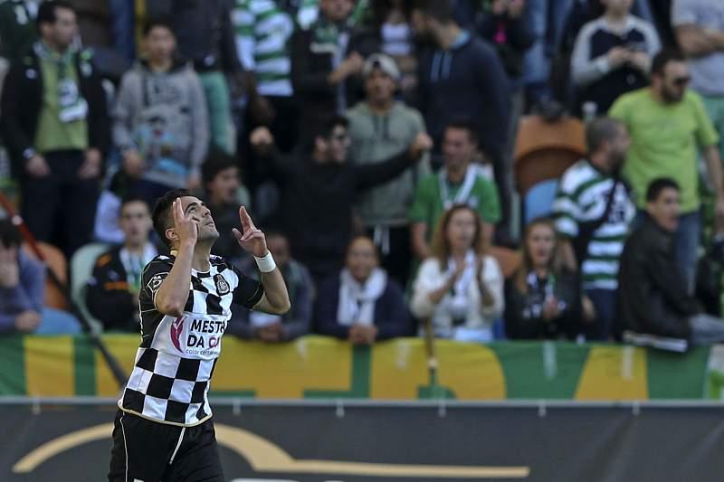 Zé Manel celebra um golo em Alvalade