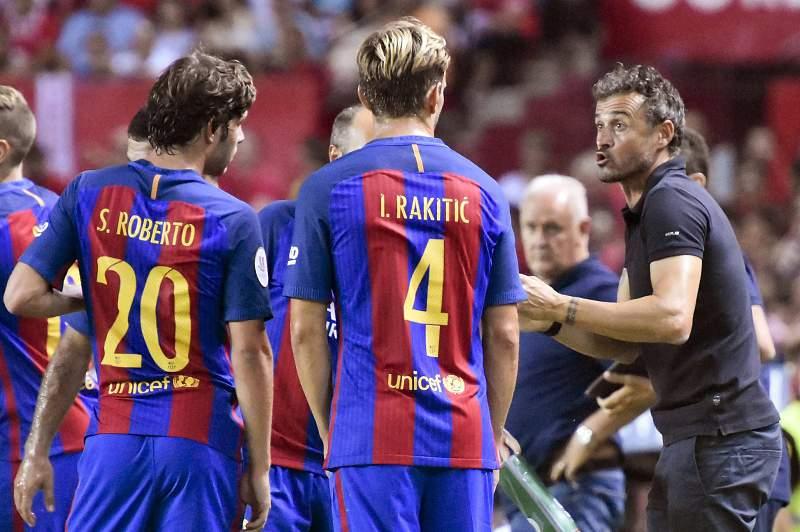 Barcelona vence em Sevilha e ganha vantagem na Supertaça