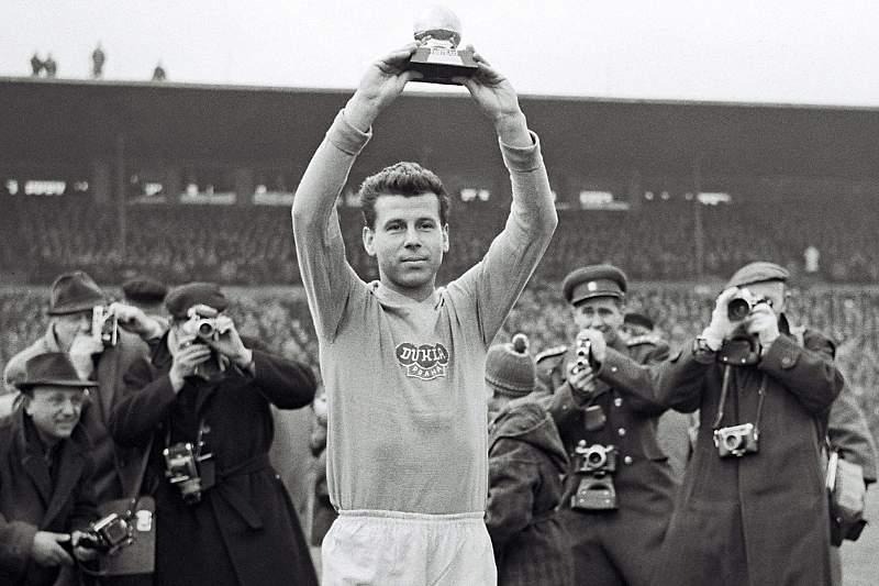 Morreu checo Josef Masopust, Bola de Ouro em 1962