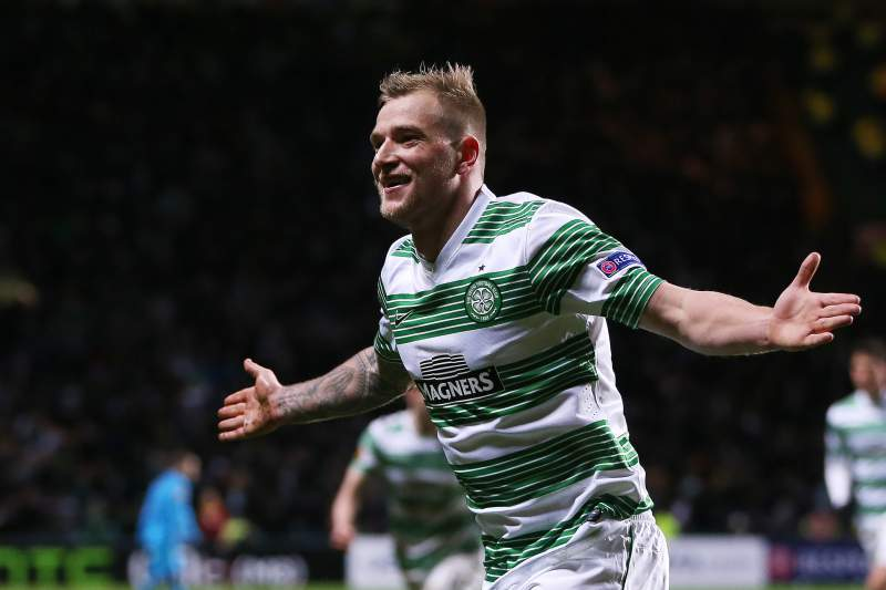 Guidetti celebra um golo pelo Celtic Glasgow