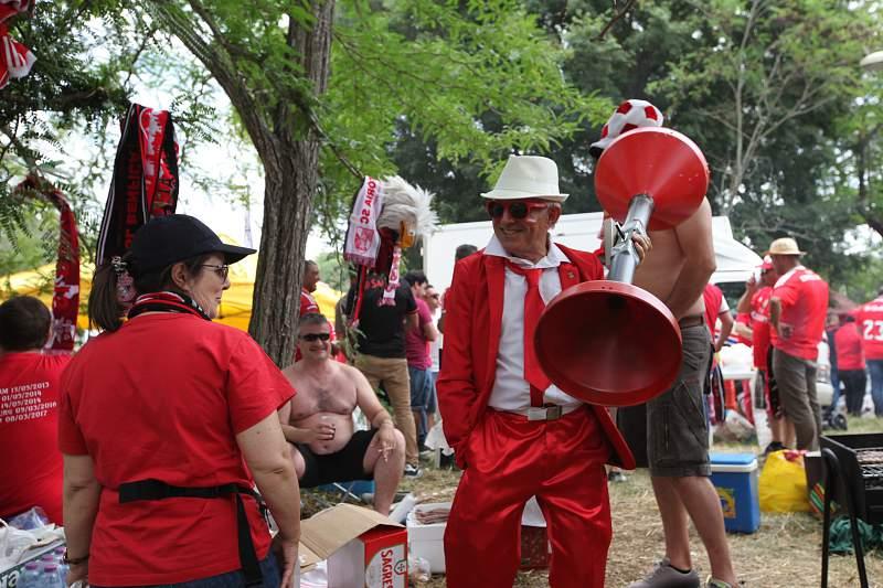 Um adepto do Benfica de Arruda dos Vinhos na festa do Jamor
