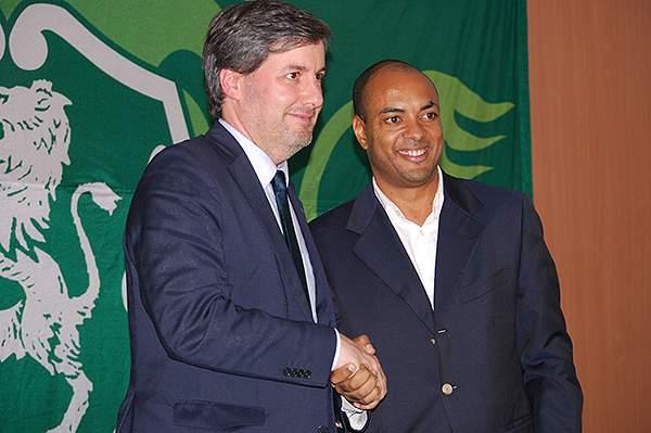 Bruno de Carvalho e Paulo Veiga, presidentes do Sporting Clube de Portugal e Sporting Clube da Praia, respetivamente