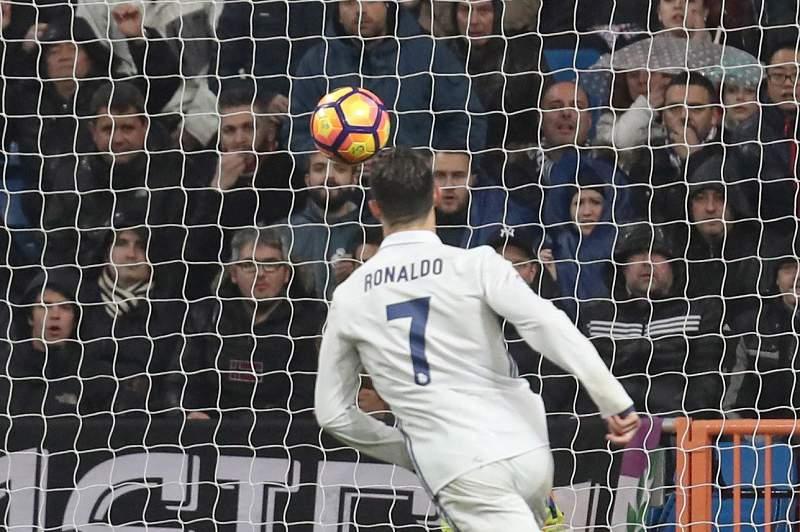 Cristiano Ronaldo volta a entrar na hist
