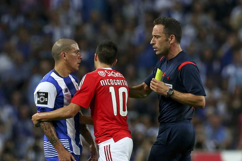 Maxi Pereira reencontrou Gaitán na sua estreia em 'clássicos' com o FC Porto