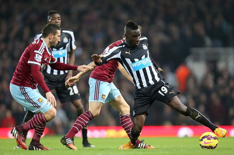 Morgan Amalfitano do West Ham num jogo frente ao Newcastle