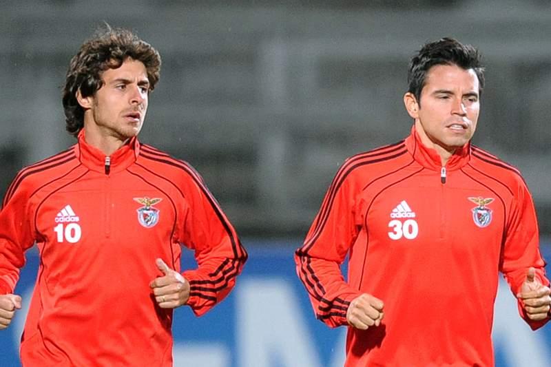 Aimar e Saviola reecontraram-se no Benfica depois de terem saída muito jovens do River Plate