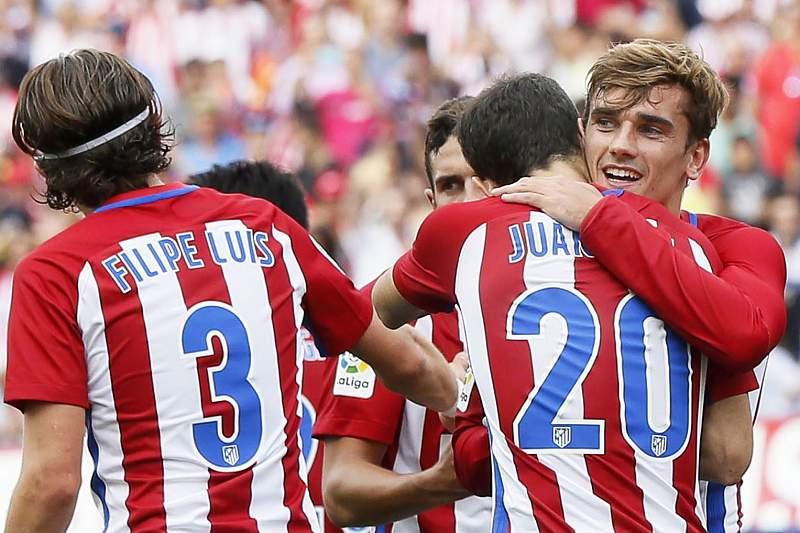 Griezmann celebra o golo da vitória do Atlético Madrid frente ao Deportivo da Corunha