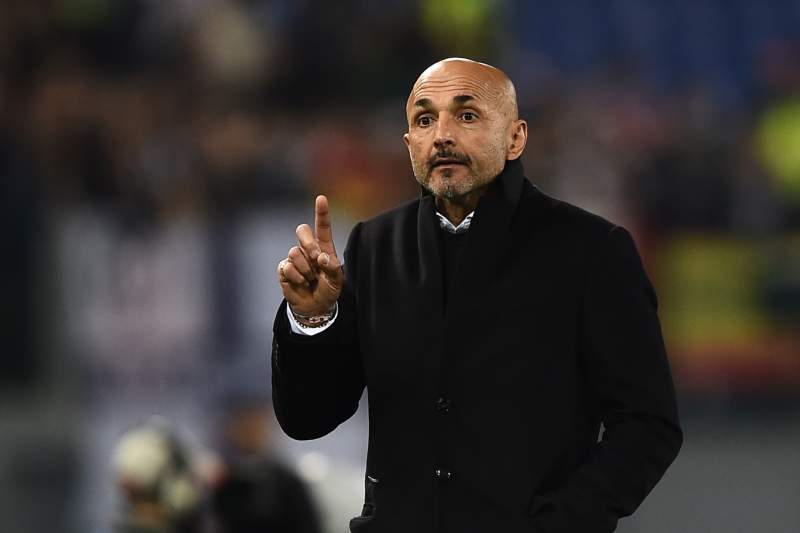 Spalletti retirou Totti dos convocados