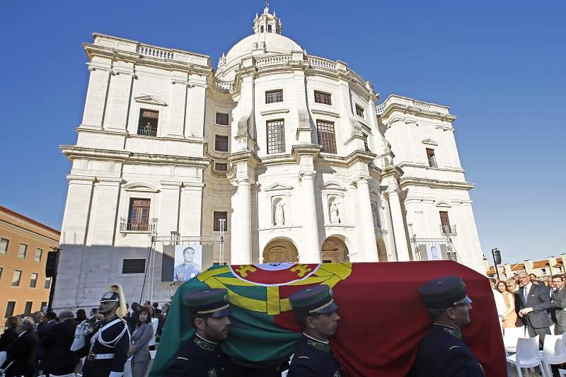 Eusébio no Panteão Nacional