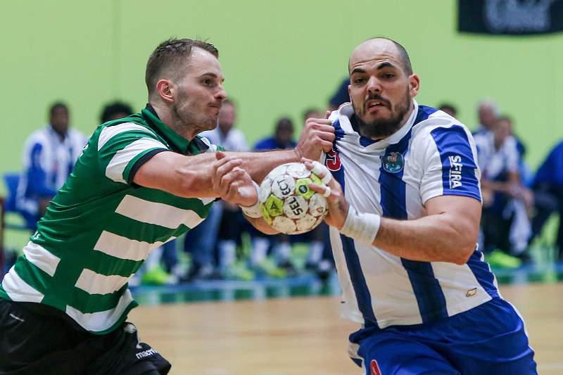 FC Porto perde com o Sporting, mas estão mais próximos de vencer campeonato
