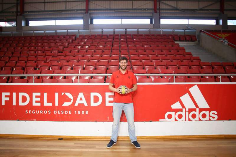 Andebol: Ricardo Pesqueira no Benfica