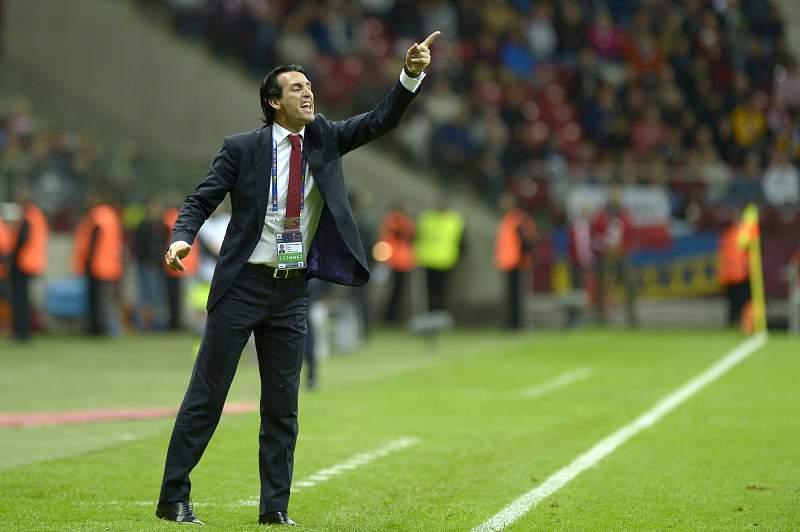 Unai Emery durante a final da Liga Europa em Varsóvia contra o Dnipro