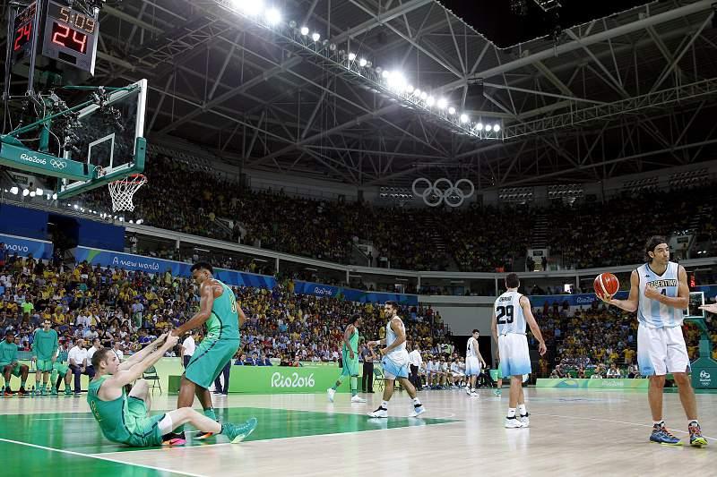 Basquetebol da Argentina 'gela' Brasil
