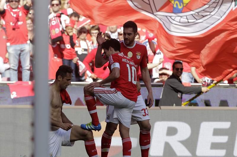 Benfica festeja golo contra Nacional