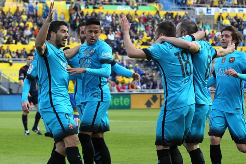 Barcelona festeja golo
