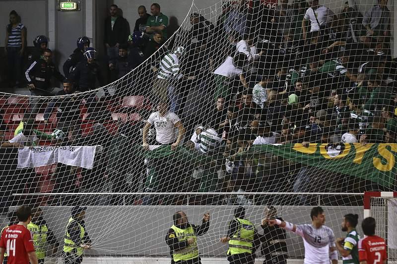 Confrontos no Benfica - Sporting em futsal