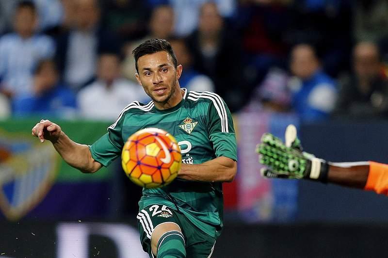 Rúben Castro faz o golo da vitória do Bétis de Sevilha sobre o Málaga