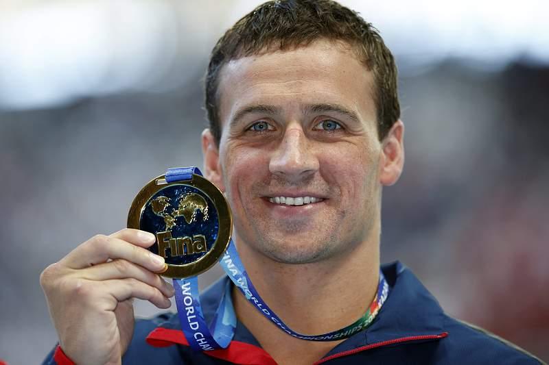 Ryan Lochte vence medalha de ouro