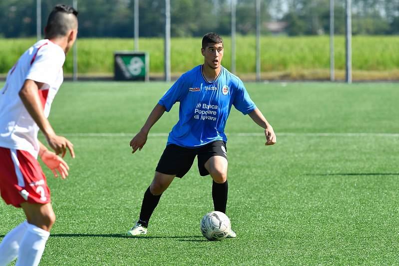 Moutir Chajia, jogador do Novara
