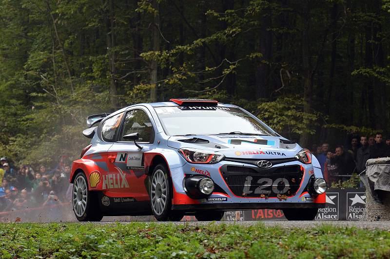 Dani Sordo vai continuar ao volante de um Hyundai