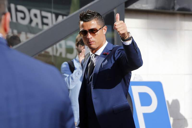 Cristiano Ronaldo despede-se dos adeptos no Aeroporto