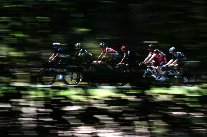 (From L) France's Cyril Gautier, France's Florian Vachon, Belgium's Thomas De Gendt, Poland's Bartosz Huzarski, Belgium's Greg Van Avermaet and Belgium's Serge Pauwels ride during the 216 km fifth stage of the 103rd edition of the Tour de France cycling race on July 6, 2016 between Limoges and Le Lioran. / AFP PHOTO / jeff pachoud
