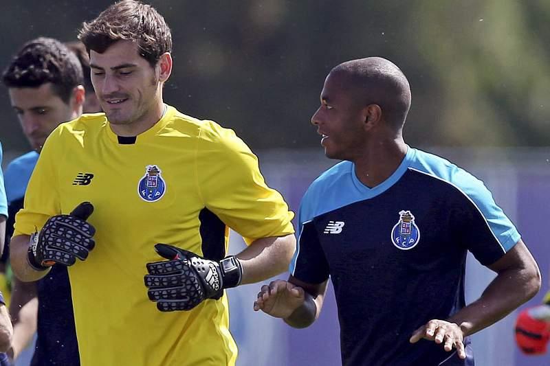Casillas e Brahimi
