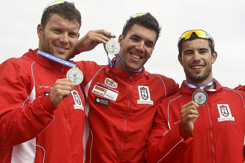 Canoístas portugueses apontam às finais para depois lutar por medalhas