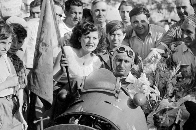 Restos mortais de Fangio vão ser exumados para fazer teste de paternidade