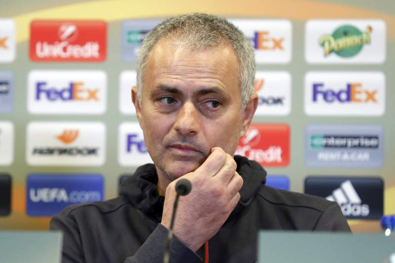 """Mourinho: """"Os jogadores de agora, aos 23 anos, são crianças. Uns pirralhos"""""""