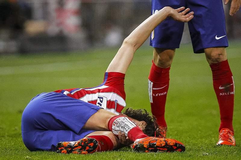 Tiago lesionou-se no jogo frente ao Espanyol