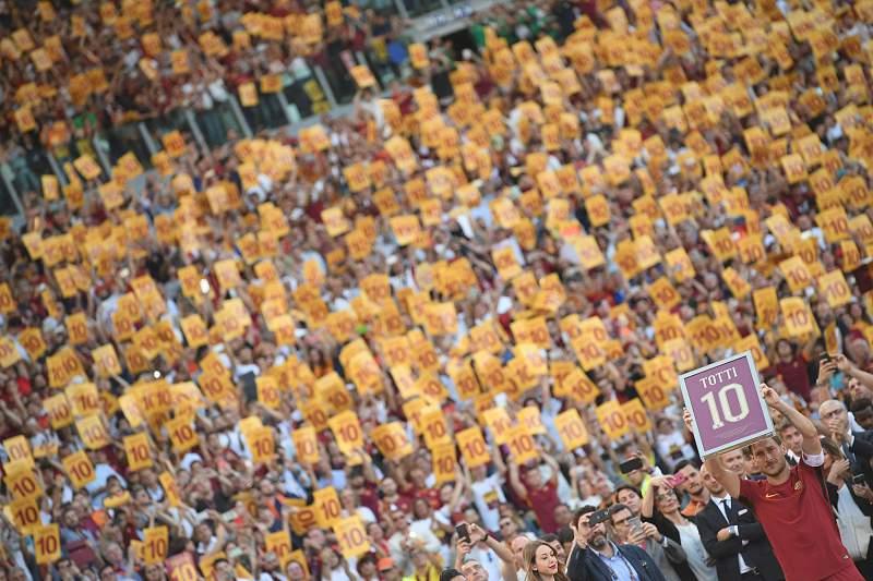 Totti despede-se no Olímpico de Roma