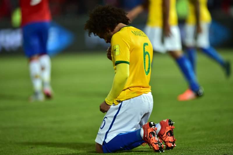 Marcelo desolado pela derrota do Brasil ante o Chile