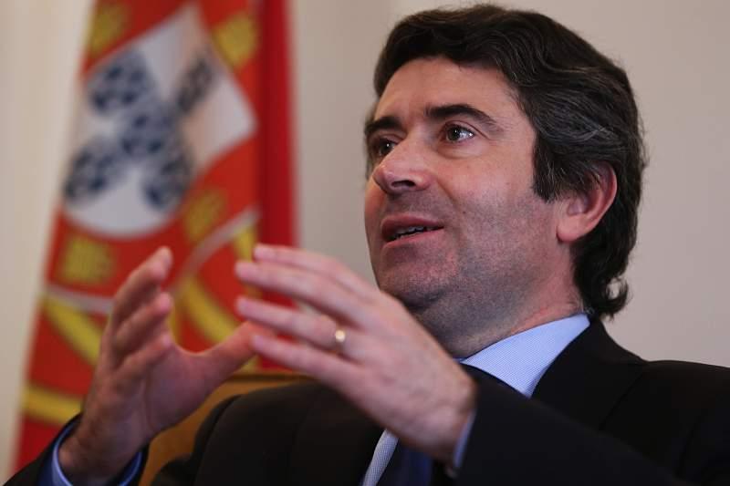 Entrevista com secretário de Estado das Comunidades Portuguesas, José Luís Carneiro
